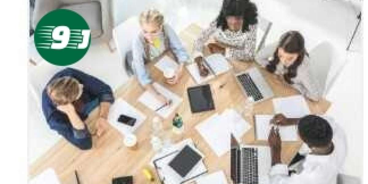 Are you considering taking an office management job or going into it as a career?(Office Management Jobs as a Career)